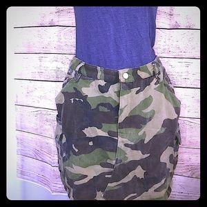 TOBI   Camo Skirt